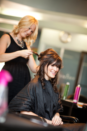 8 reasons why you should attend cosmetology school for Academy beauty salon